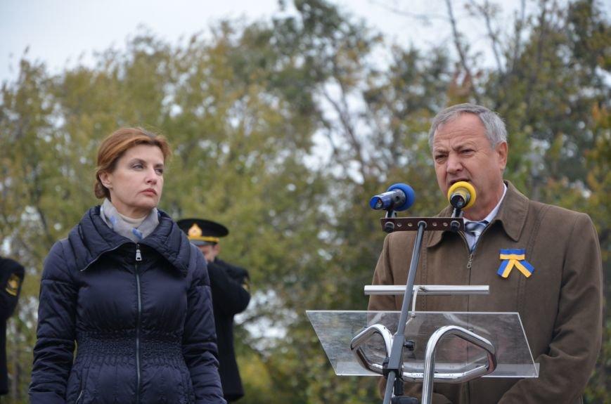 В День защитника Украины Мариуполь посетила первая леди (ФОТО+ВИДЕО), фото-23