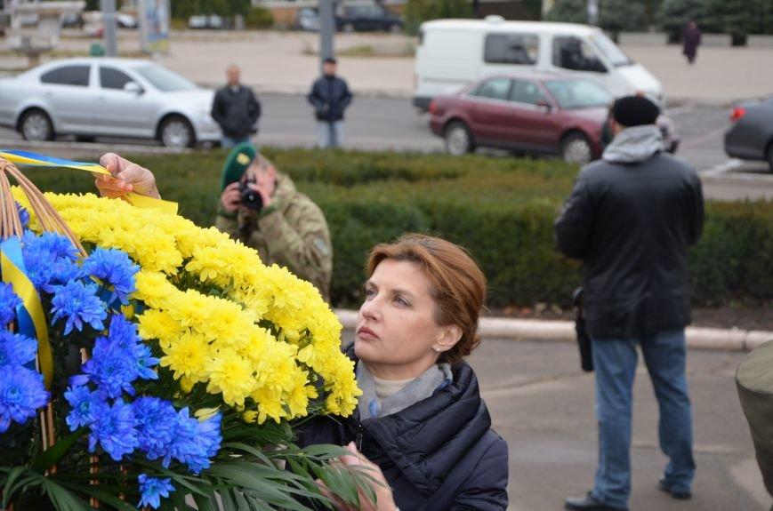 В День защитника Украины Мариуполь посетила первая леди (ФОТО+ВИДЕО), фото-27