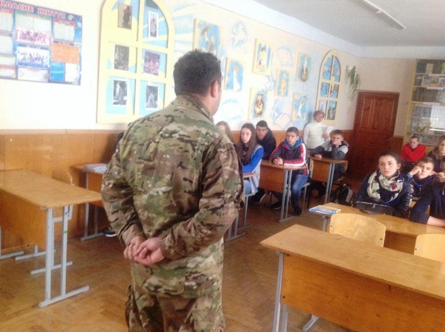 У ролі вчителя побував учасник АТО Малишевський (фото) - фото 1