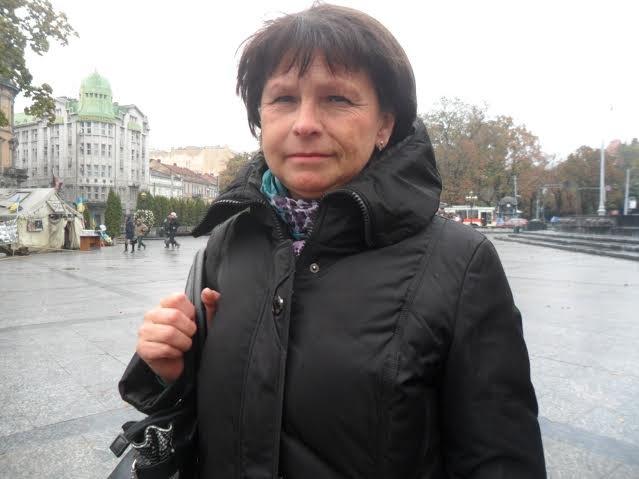 Львів'янки привітали чоловіків з Днем захисника (ФОТО+ВІДЕО) (фото) - фото 3