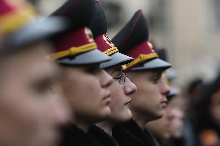Першокурсники ліцею імені Героїв Крут склали присягу на вірність Україні (ФОТО) (фото) - фото 3