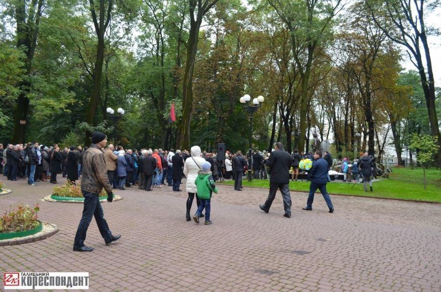 В Івано-Франківську освятили пам'ятник убитому на Майдані Роману Гурику (ФОТО), фото-10