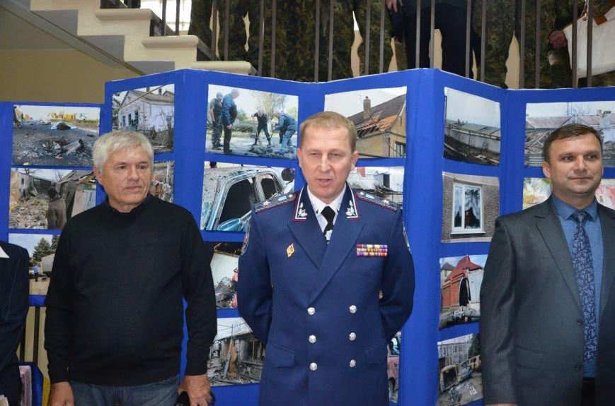 В Мариуполе открылась персональная выставка журналиста Николая Рябченко (ФОТО), фото-20