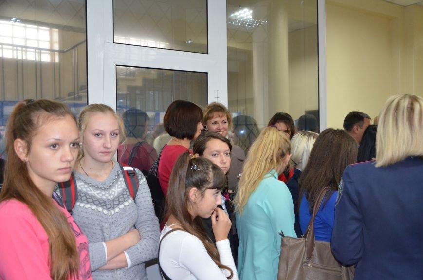 В Мариуполе открылась персональная выставка журналиста Николая Рябченко (ФОТО), фото-12