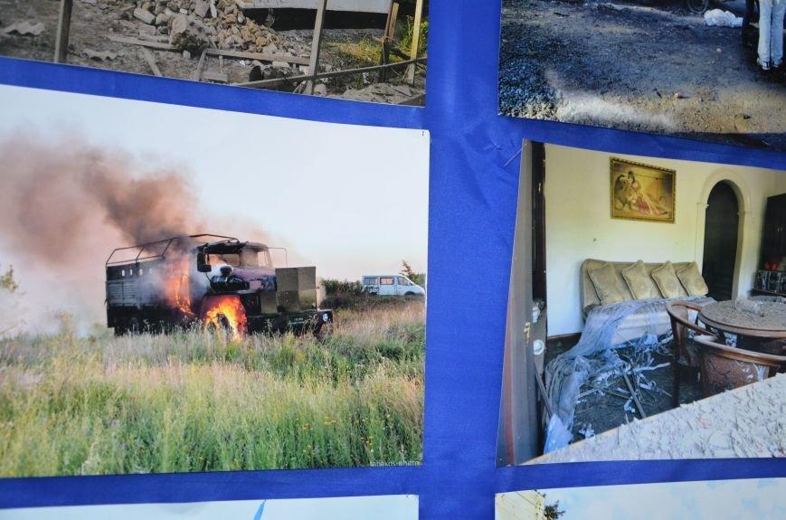 В Мариуполе открылась персональная выставка журналиста Николая Рябченко (ФОТО), фото-4
