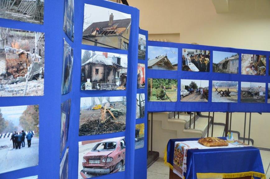 В Мариуполе открылась персональная выставка журналиста Николая Рябченко (ФОТО), фото-8