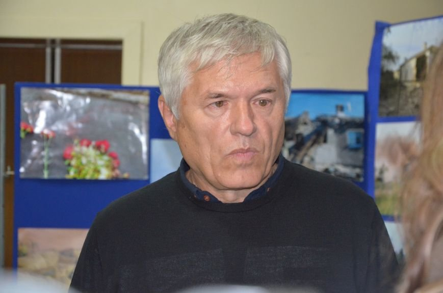 В Мариуполе открылась персональная выставка журналиста Николая Рябченко (ФОТО), фото-10