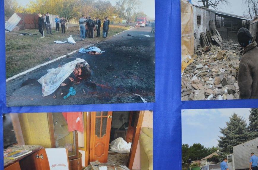 В Мариуполе открылась персональная выставка журналиста Николая Рябченко (ФОТО), фото-2