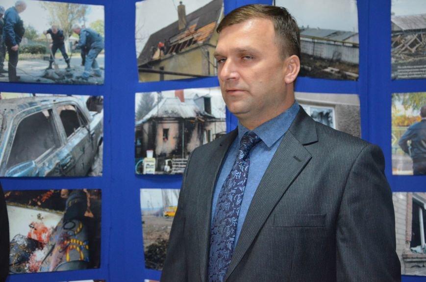 В Мариуполе открылась персональная выставка журналиста Николая Рябченко (ФОТО), фото-18