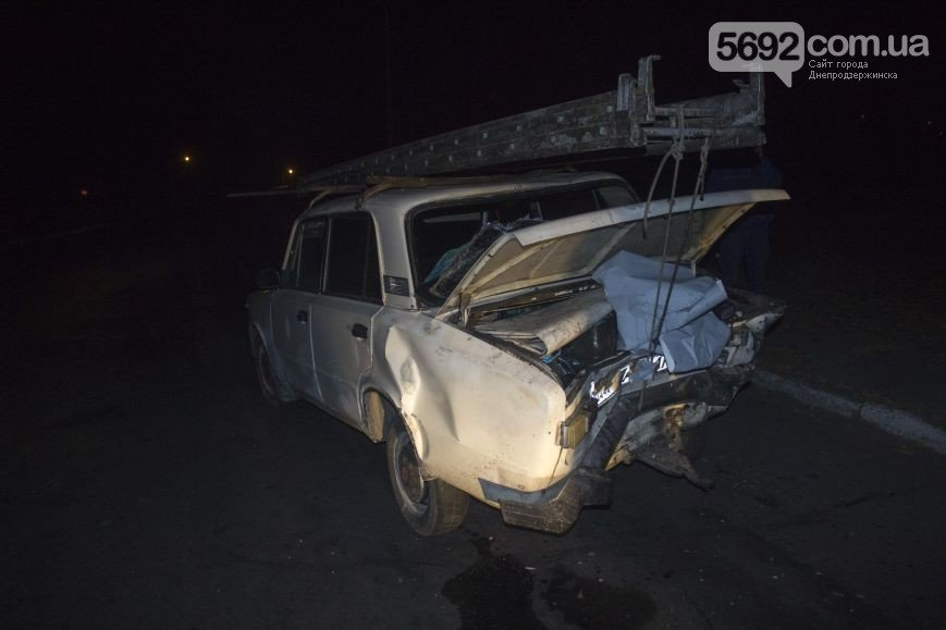 В Днепродзержинске произошло ДТП на мостовой развязке около проспекта Юбилейного (фото) - фото 1