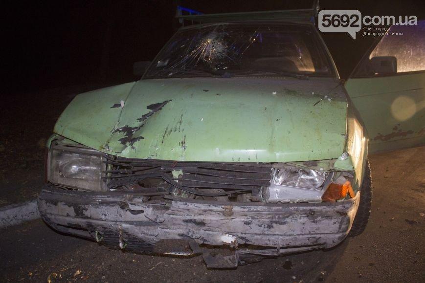 В Днепродзержинске произошло ДТП на мостовой развязке около проспекта Юбилейного (фото) - фото 3