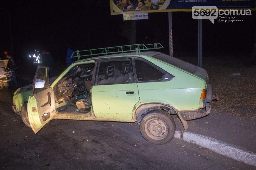 В Днепродзержинске произошло ДТП на мостовой развязке около проспекта Юбилейного (фото) - фото 4