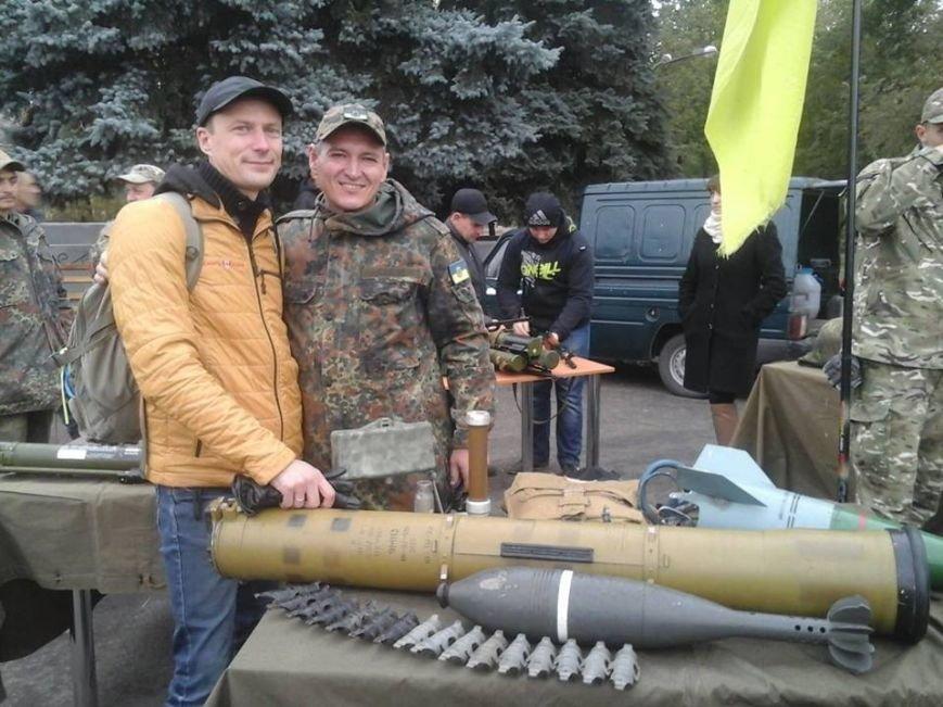 От казацкой закалки до шествия и пикета горотдела милиции: в Павлограде отметили День защитника Украины, фото-2