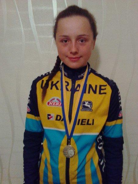 Днепродзержинцы успешно выступили на чемпионате Украины по велоспорту «Гонка в гору» (фото) - фото 1