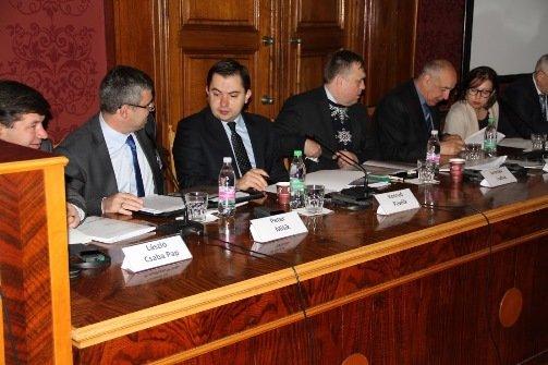 У Червоній залі Чернівецького університету вирішували долю реформ вищої освіти України (фото) - фото 2