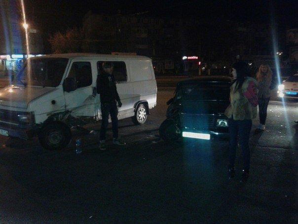 В Кременчуге Lada «подбила» грузовой Fiat (ФОТО) (фото) - фото 1