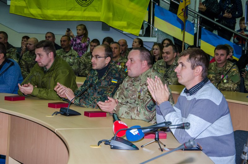 Глава области вручил награды защитникам Украины (ФОТО) (фото) - фото 3