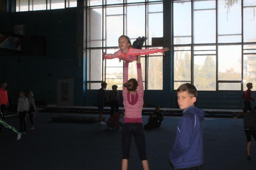 В Днепродзержинске начался чемпионат области по спортивной акробатике, фото-7