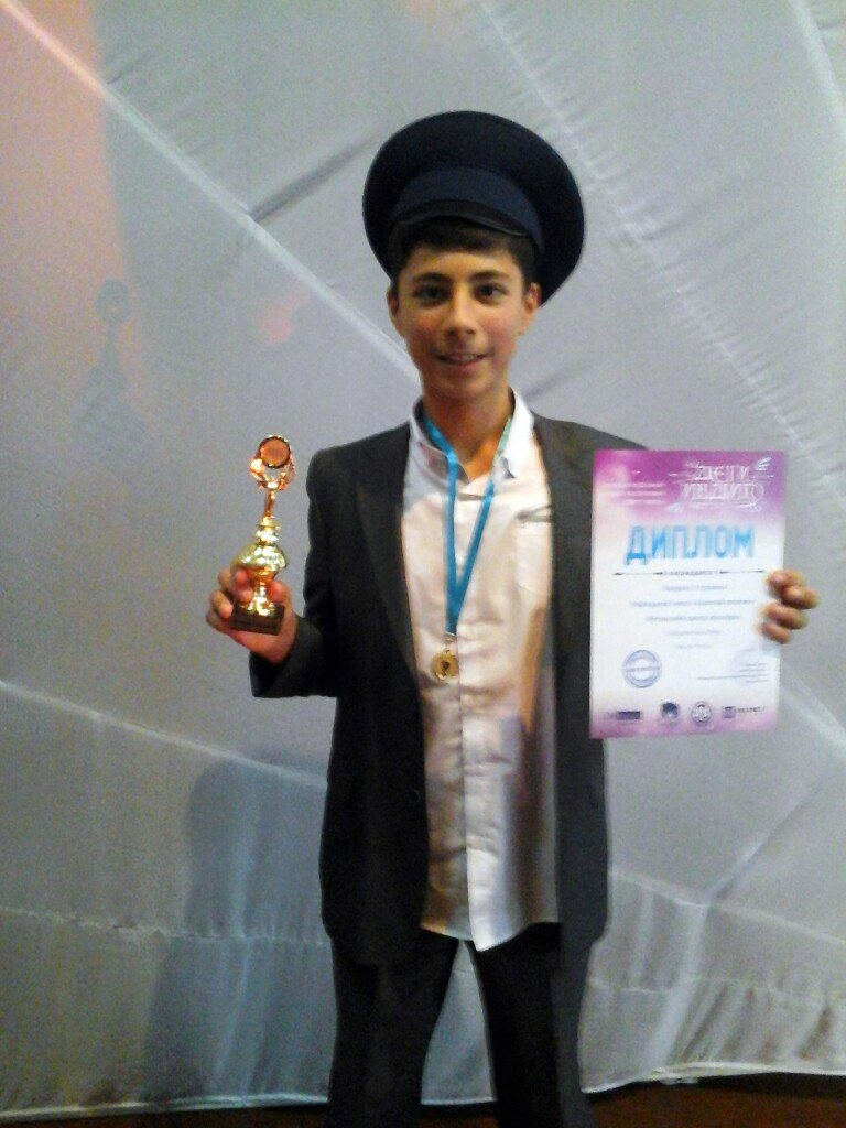 На международном фестивале «Дети Индиго» в Евпатории ялтинцы завоевали все призовые места в номинации «Чтецы» (фото) - фото 1