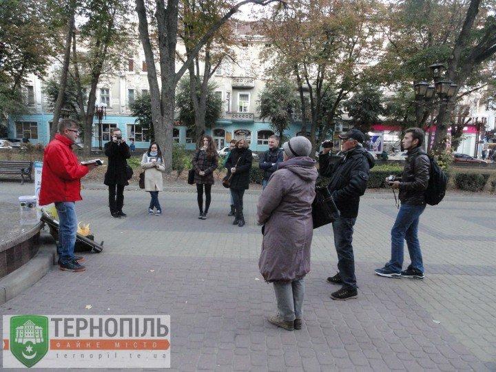У Тернополі «мобілізувалися» поети (фото) (фото) - фото 1
