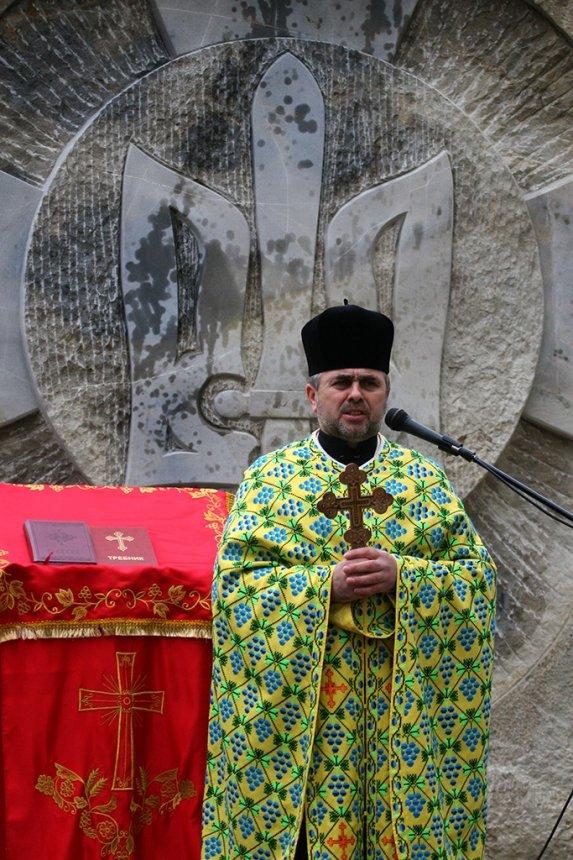 На Прикарпатті відкрили пам'ятник Борцям за волю України, фото-15