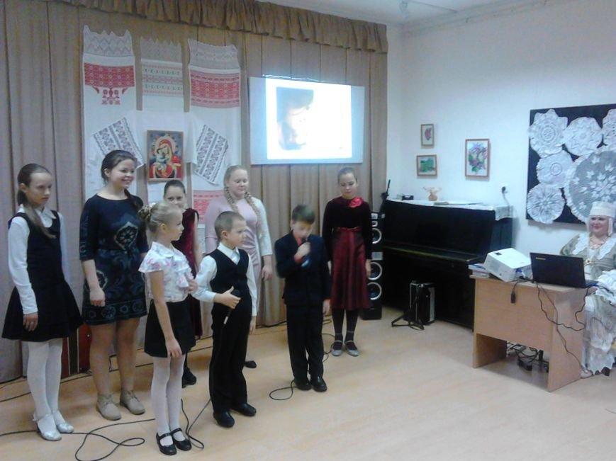 Фоторепортаж. Концерт, посвященный Дню Матери, в Полоцком районном центре ремесел, фото-9