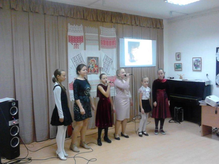 Фоторепортаж. Концерт, посвященный Дню Матери, в Полоцком районном центре ремесел, фото-8