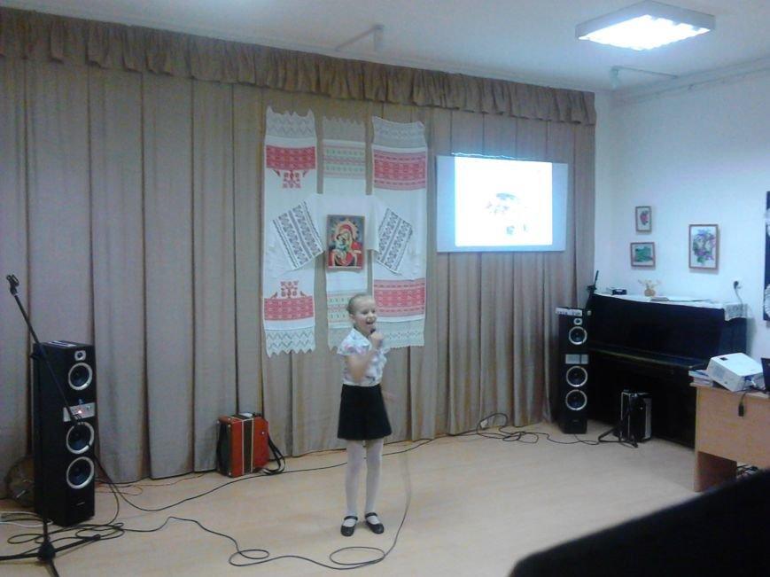 Фоторепортаж. Концерт, посвященный Дню Матери, в Полоцком районном центре ремесел, фото-2