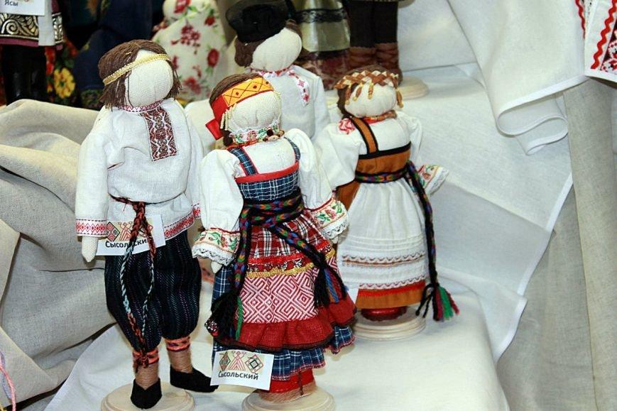 Жители Коми смогут увидеть эксклюзивных кукол в финно-угорских нарядах (фото) - фото 1