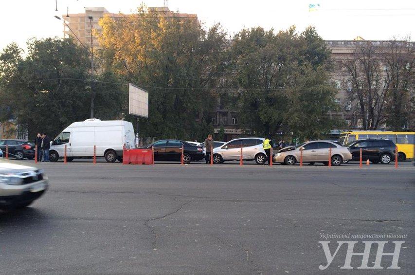 На Победы столкнулись четыре автомобиля (ФОТО) (фото) - фото 3