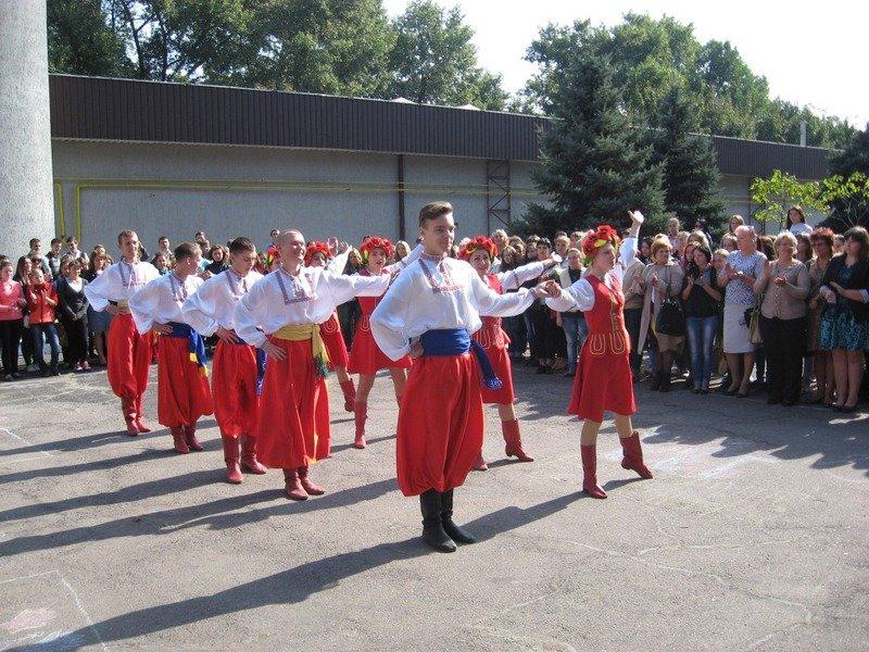 Как Кривой Рог и Днепропетровщина отметили День защитника Украины (ФОТО) (фото) - фото 3