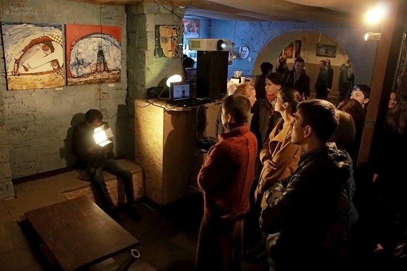 Боец «Правого сектора» в Одессе представил выставку о войне (ФОТО) (фото) - фото 1