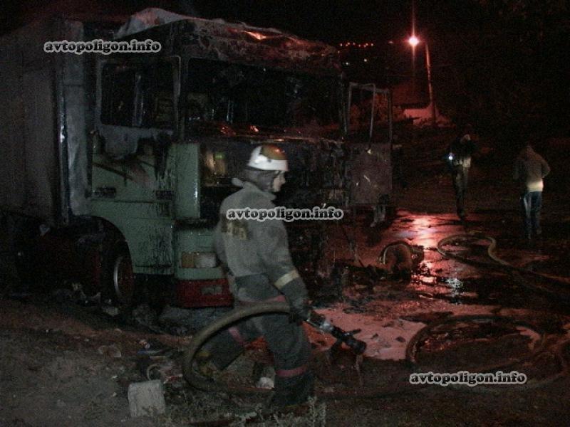 В Киеве заживо сгорел водитель грузовика (ФОТО), фото-5
