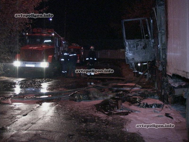 В Киеве заживо сгорел водитель грузовика (ФОТО), фото-4