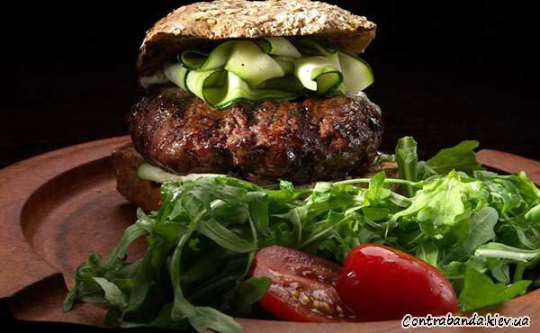 Вкусная контрабанда в виде бургеров и салатов теперь доступна (фото) - фото 7