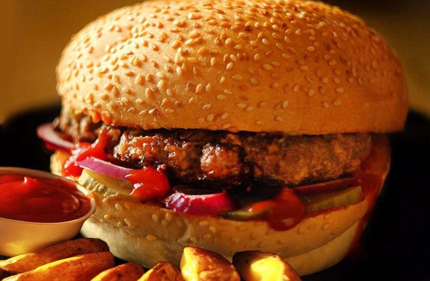 Вкусная контрабанда в виде бургеров и салатов теперь доступна (фото) - фото 2