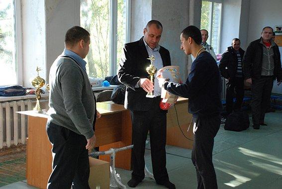 Криворожские милиционеры вошли в число призеров областного Чемпионата по рукопашному бою (ФОТО) (фото) - фото 1