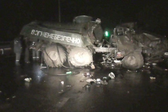На Полтавщине военный грузовик попал в аварию: погиб сержант вооружённых сил Украины (фото) - фото 1