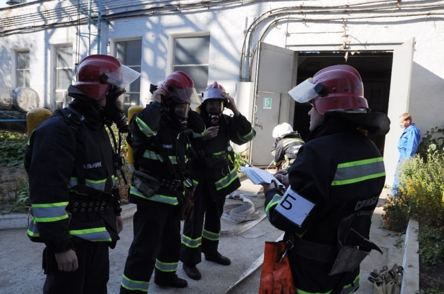 Кіровоград: на базі ПАТ «ГІДРОСИЛА» відбулося показове спеціальне навчання з питань цивільного захисту (фото) - фото 1