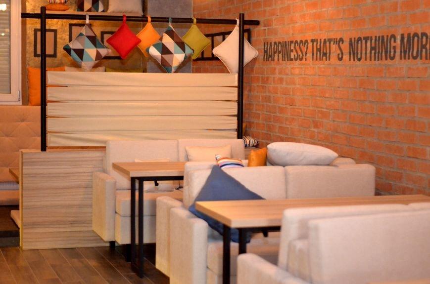 Гомельский паб «Гарри Портер» расширился: новый зал в стиле лофт совместил в себе кальянную и суши-бар, фото-11