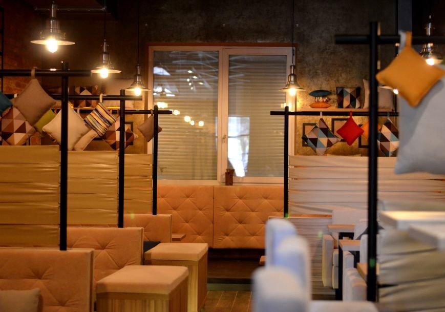Гомельский паб «Гарри Портер» расширился: новый зал в стиле лофт совместил в себе кальянную и суши-бар, фото-2