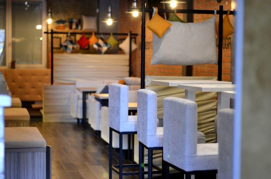 Гомельский паб «Гарри Портер» расширился: новый зал в стиле лофт совместил в себе кальянную и суши-бар, фото-4