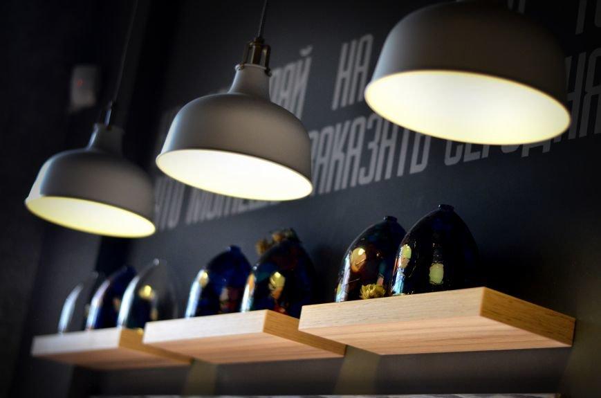 Гомельский паб «Гарри Портер» расширился: новый зал в стиле лофт совместил в себе кальянную и суши-бар, фото-5