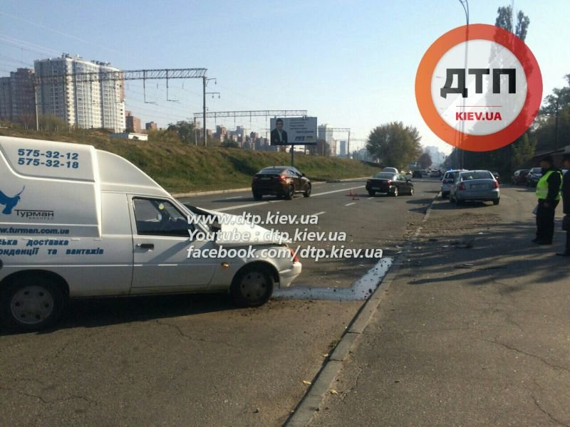 На Гринченко в лобовом столкновении двух авто пострадал мужчина (ФОТО), фото-4
