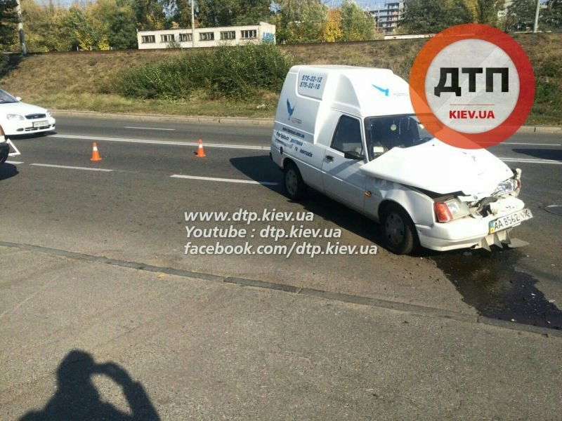 На Гринченко в лобовом столкновении двух авто пострадал мужчина (ФОТО), фото-1