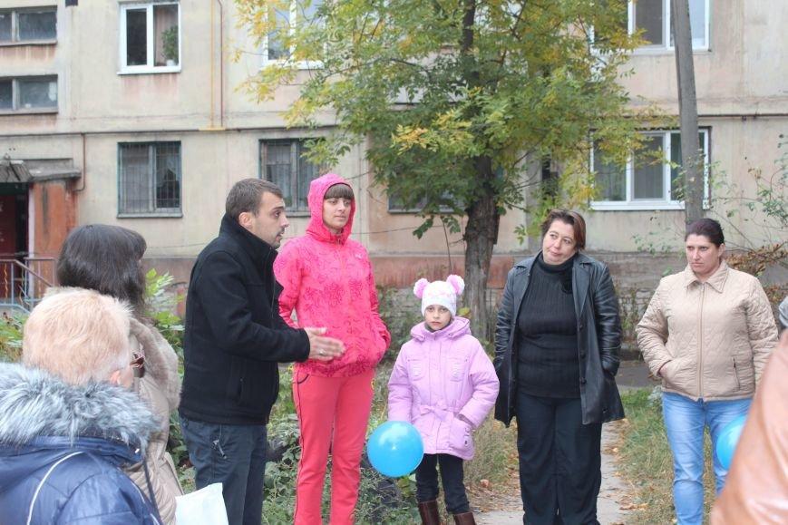 Сергей Коваленко занимается благоустройством днепродзержинских дворов, фото-1