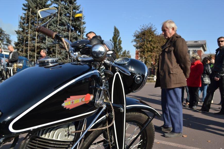 В Днепродзержинск съехались ретро-автомобили, фото-9