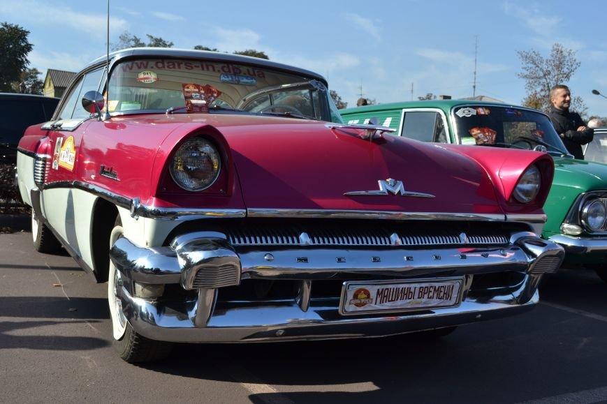 В Днепродзержинск съехались ретро-автомобили, фото-4