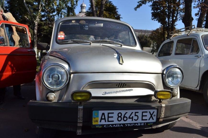 В Днепродзержинск съехались ретро-автомобили, фото-11
