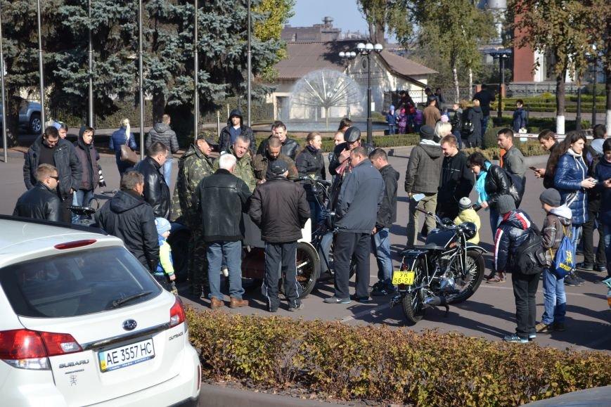 В Днепродзержинск съехались ретро-автомобили, фото-3